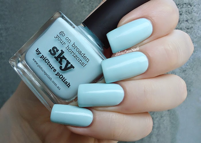 Picture Polish Sky: swatches and review
