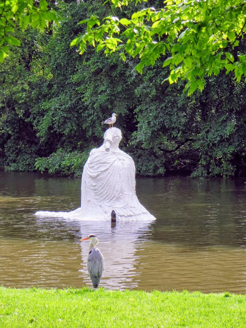 Favorite parks in Amsterdam: dress sculpture and a heron at Westerpark