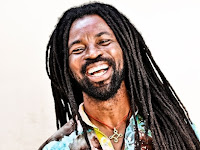 Rocky Dawuni CS - War No More Trouble (All Nation Choir)