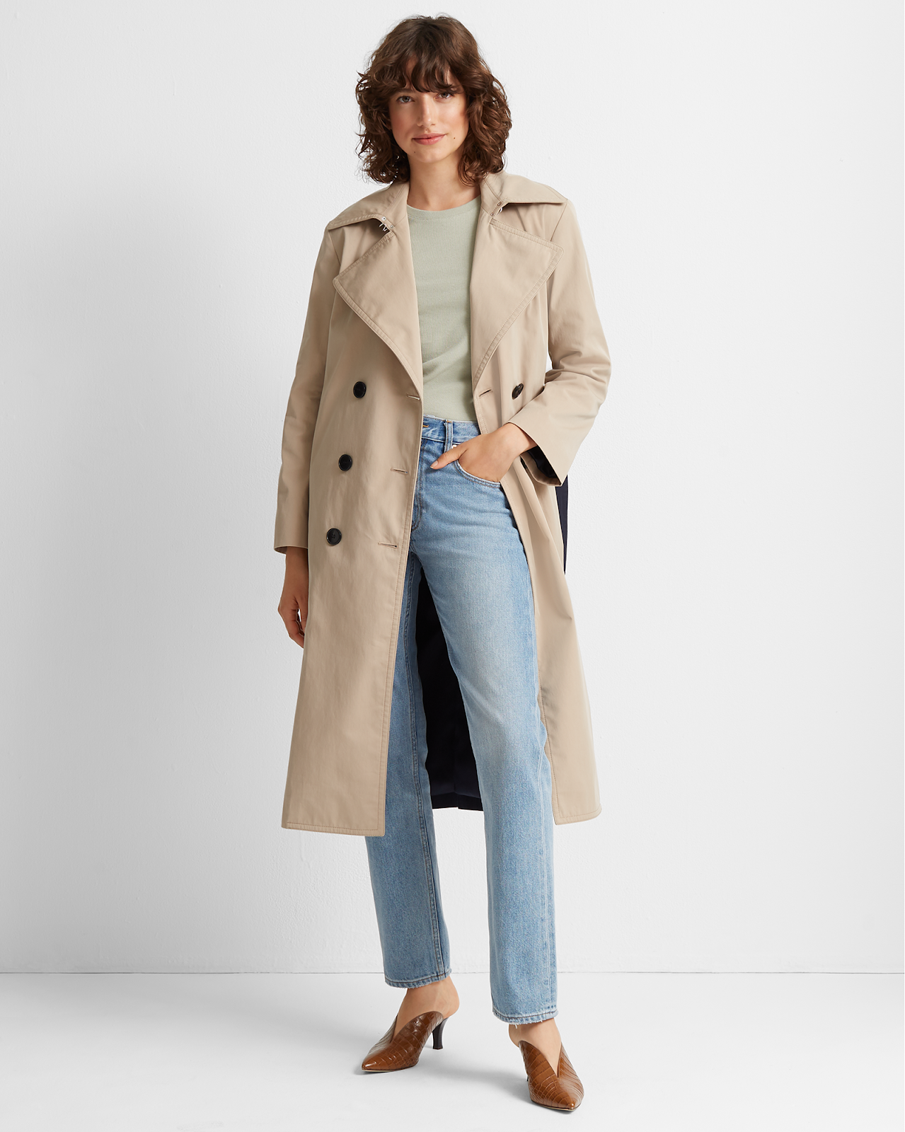 Fall Outfit Idea: Colorblock Trench Coat, Tee, Jeans, and Mule Heels