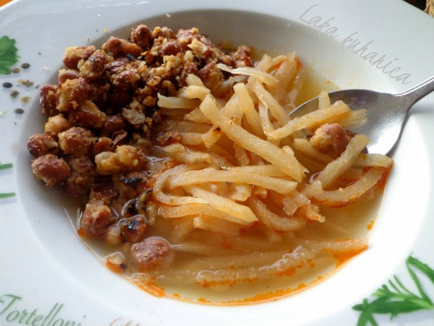 Sauerruben with fried beans by Laka kuharica: a typical dish from Northwest parts of Croatia is ideal for chilly, wintry days.
