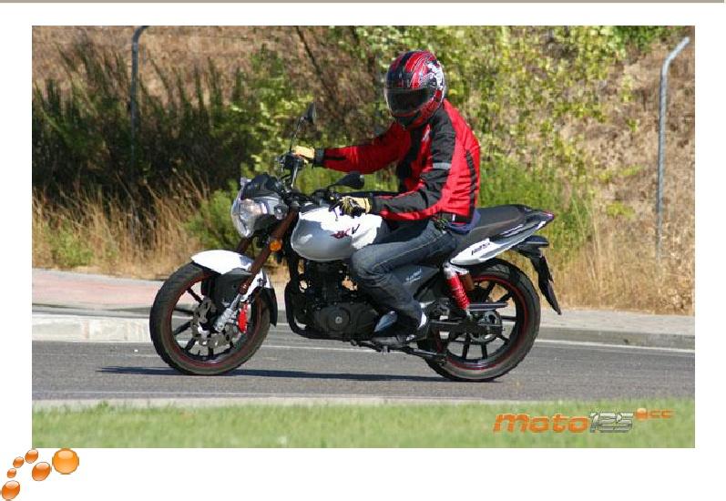 prueba keeway rkv 125 cc moto125 keeway rkv. Black Bedroom Furniture Sets. Home Design Ideas