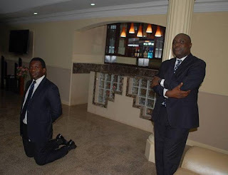Zenith Bank officials kneeling down to  beg Gov Fayose yesterday Posted On Facebook By Lere Olayinka, Fayose's Media Aide