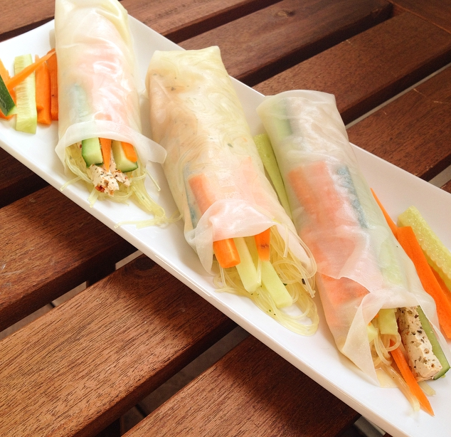 rezept tipp leichte veggie summer rolls mit erdnuss senf dip veganaholic. Black Bedroom Furniture Sets. Home Design Ideas