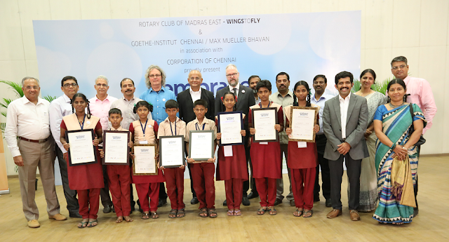 Winners of the 2nd edition of Wings to Fly – Elocution competition, are seen along with Mr. Helmut Schippert, Director, Goethe-Institut, Rtn. K. Ananth, President, Rtn. Sudarsan Ranganathan, Secretary, Rtn. Magesh Pattabhiraman, RCM East and other fellow Rotarians.