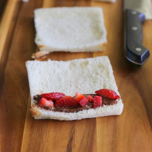 http://kongxie.blogspot.com/2016/04/resepi-french-toast-gulung-yang-mudah.html