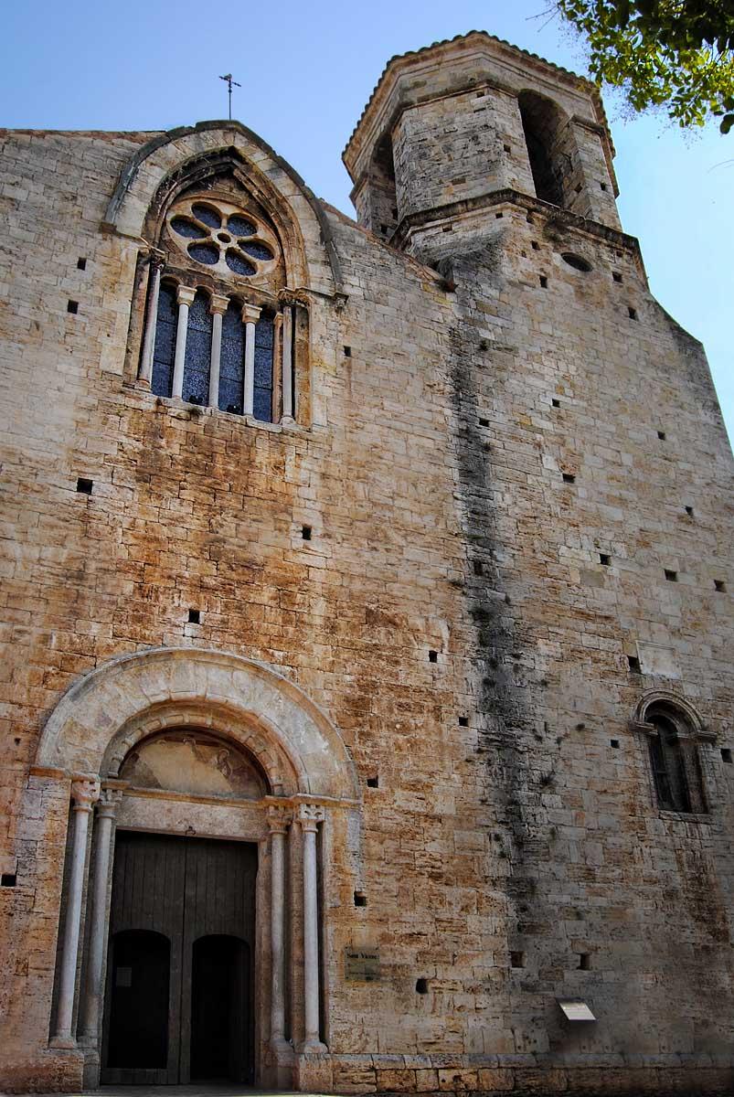 Resultado de imagen para iglesia de san vicente besalu