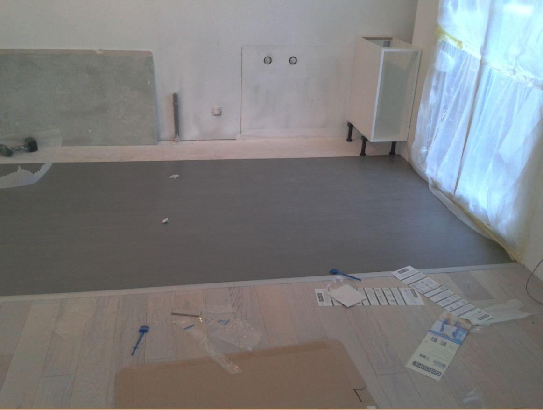 le blog de super castor j146 j149 les sols et murs. Black Bedroom Furniture Sets. Home Design Ideas