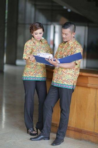 Model Baju Seragam Batik Guru Yang Modis Dan Elegan