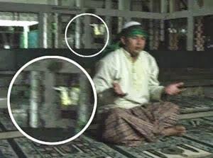 Penampakan Jin Islam Di Sebuah Masjid