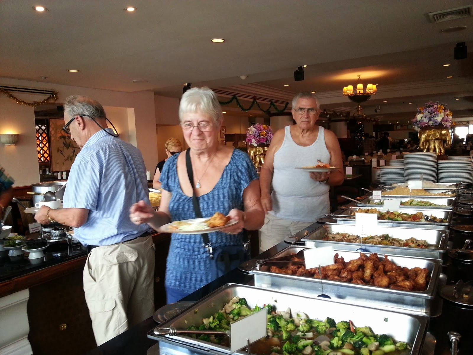 Lunch with International buffet Lunch, Laem Chabang Cruise Tours