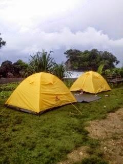 Pada  kali ini  Kami akan membahas tentang  Camping Pantai Madasari