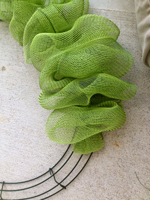How To Make A Bow For A Wreath Deco Mesh