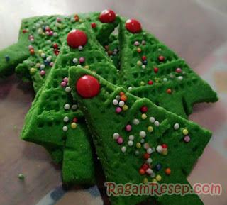 Kue Kering Pohon Natal