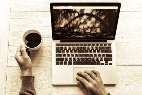 Blogger Mencari ide dan bahan materi menulis artikel