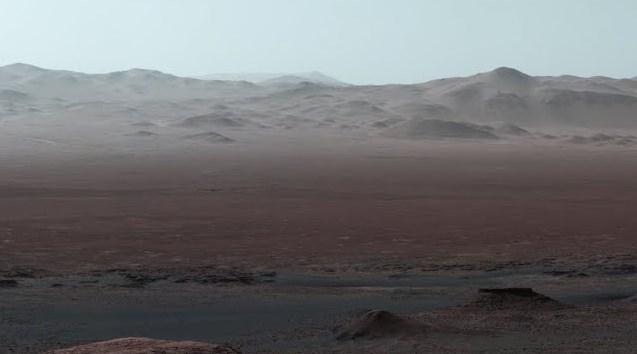 Penampakan Panorama Bukit Dan Pegunungan Di Permukaan Mars