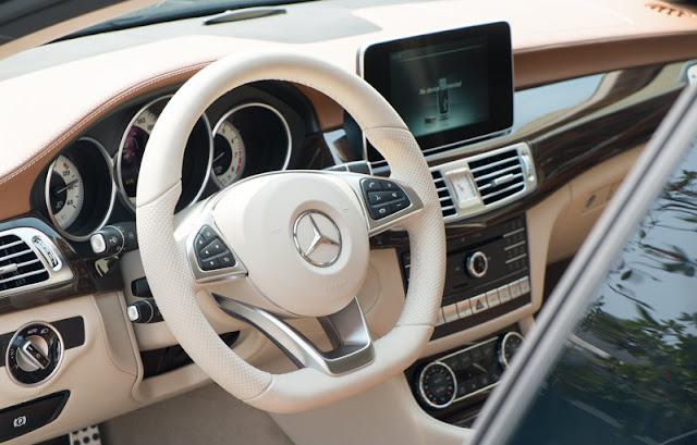 Mercedes CLS 500 4MATIC sử dụng Màn hình màu TFT 8 inch