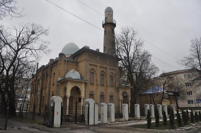 Ставропольская мечеть- картинная галлерея