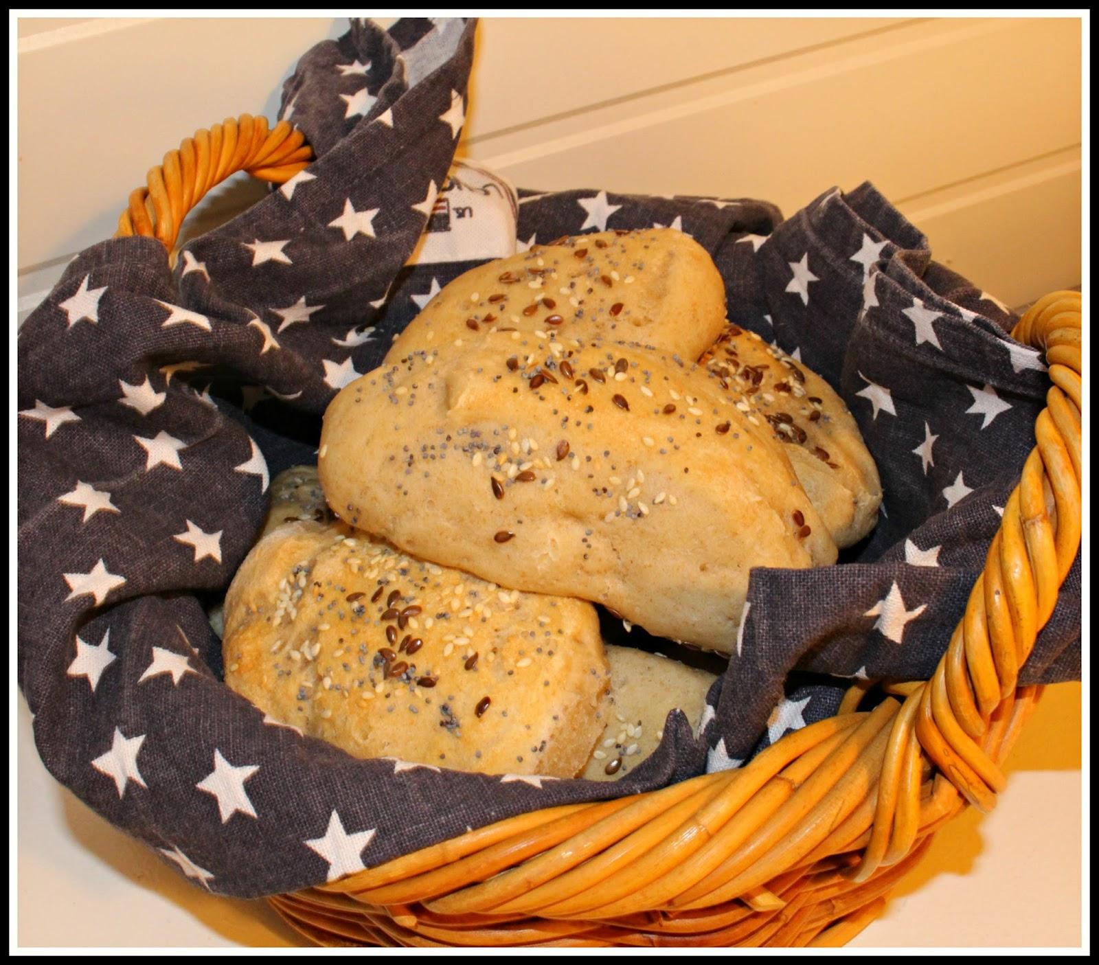 Baka surdegsbröd med färdig surdeg
