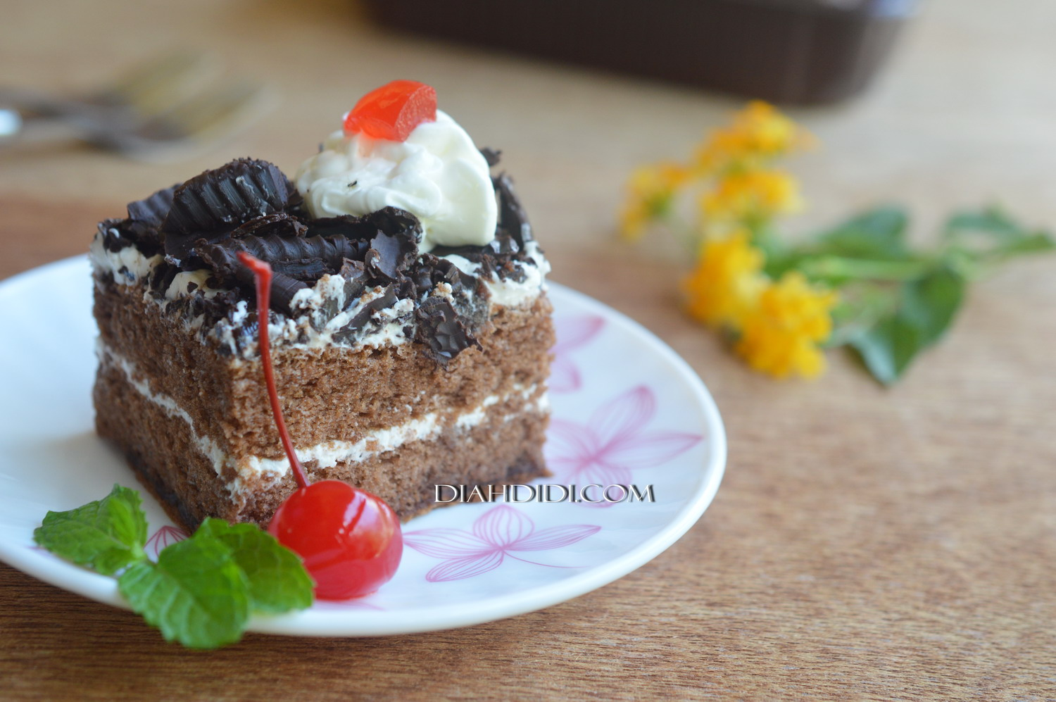 Diah Didi's Kitchen: Tips Membuat Butter Cream Ekonomis & Enak