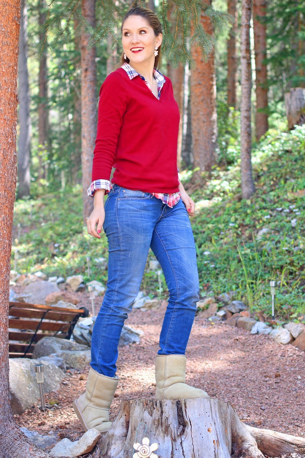 Cute sweater and plaid outfit for Fall
