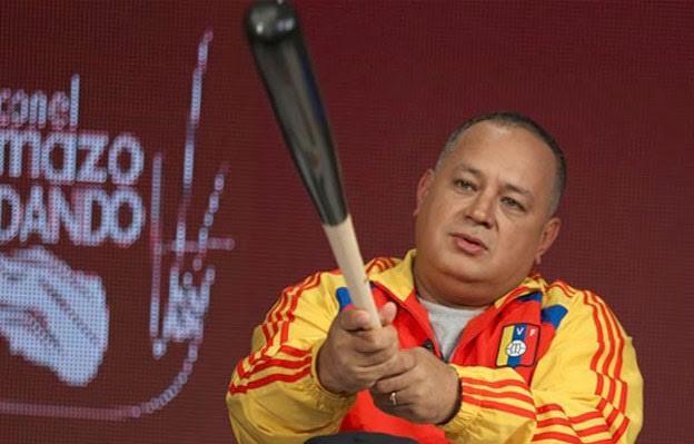 400 niños huirían del país por Maiquetía, pero Diosdado lo prohibió !