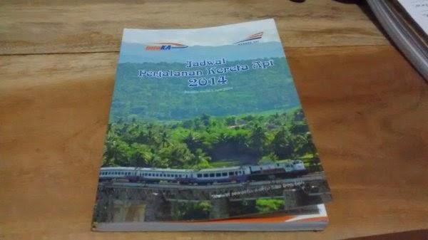 Buku Jadwal Perjalanan Kereta Api 2014