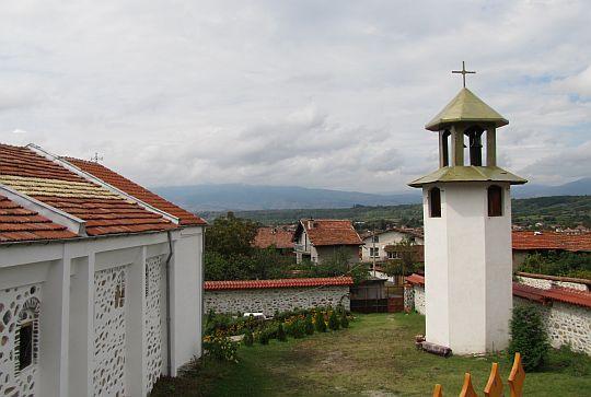 Dzwonnica obok cerkwi św. Prokopa.
