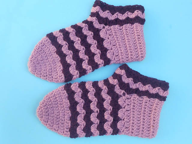dd967640f7e00c Those pair of socks are so quick and easy to make and more enjoyable to  wear and keep your foot warm in the cold season.. My entire slippers  pattern is ...
