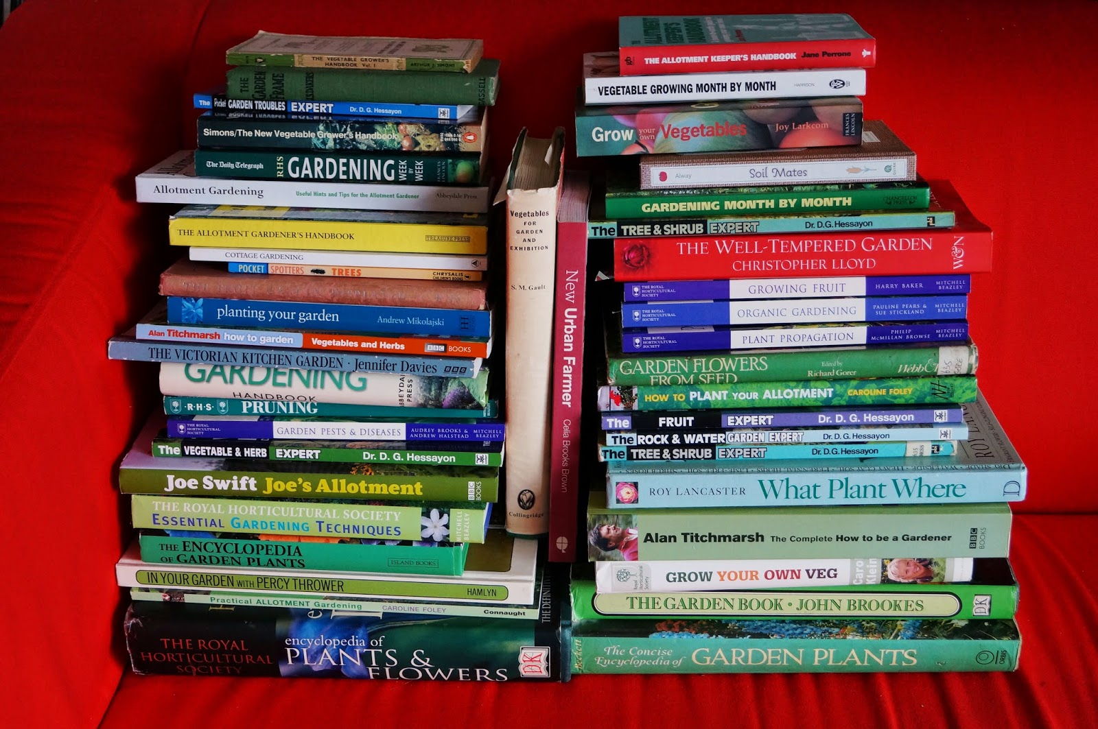A few gardening books - 'growourown.blogspot.com' ~An allotment blog