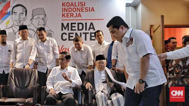 Rekrut Bos Media, Jokowi Dianggap Masih Andalkan Strategi Pencitraan