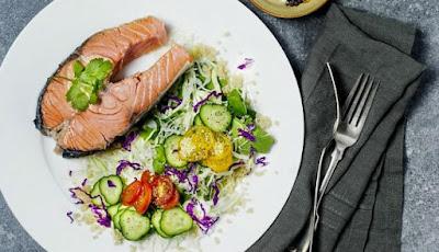 Banyak yg beranggapan jikalau hidangan diet sehat yg dikala ini orang Menu Diet Sehat Bikin Susah Perut Rata