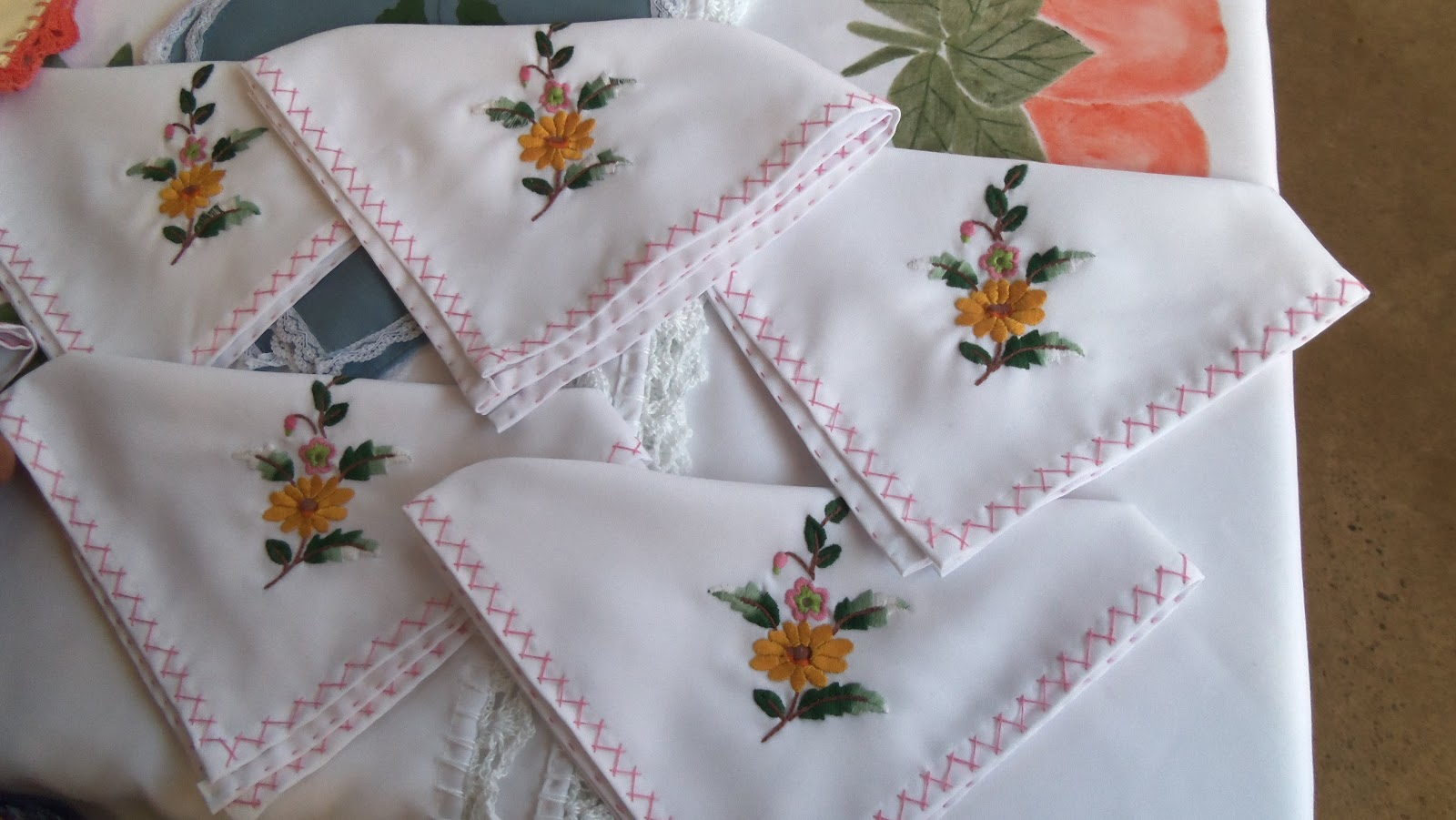 Pin by teefi on embroidery | pinterest | bordado, bordado.
