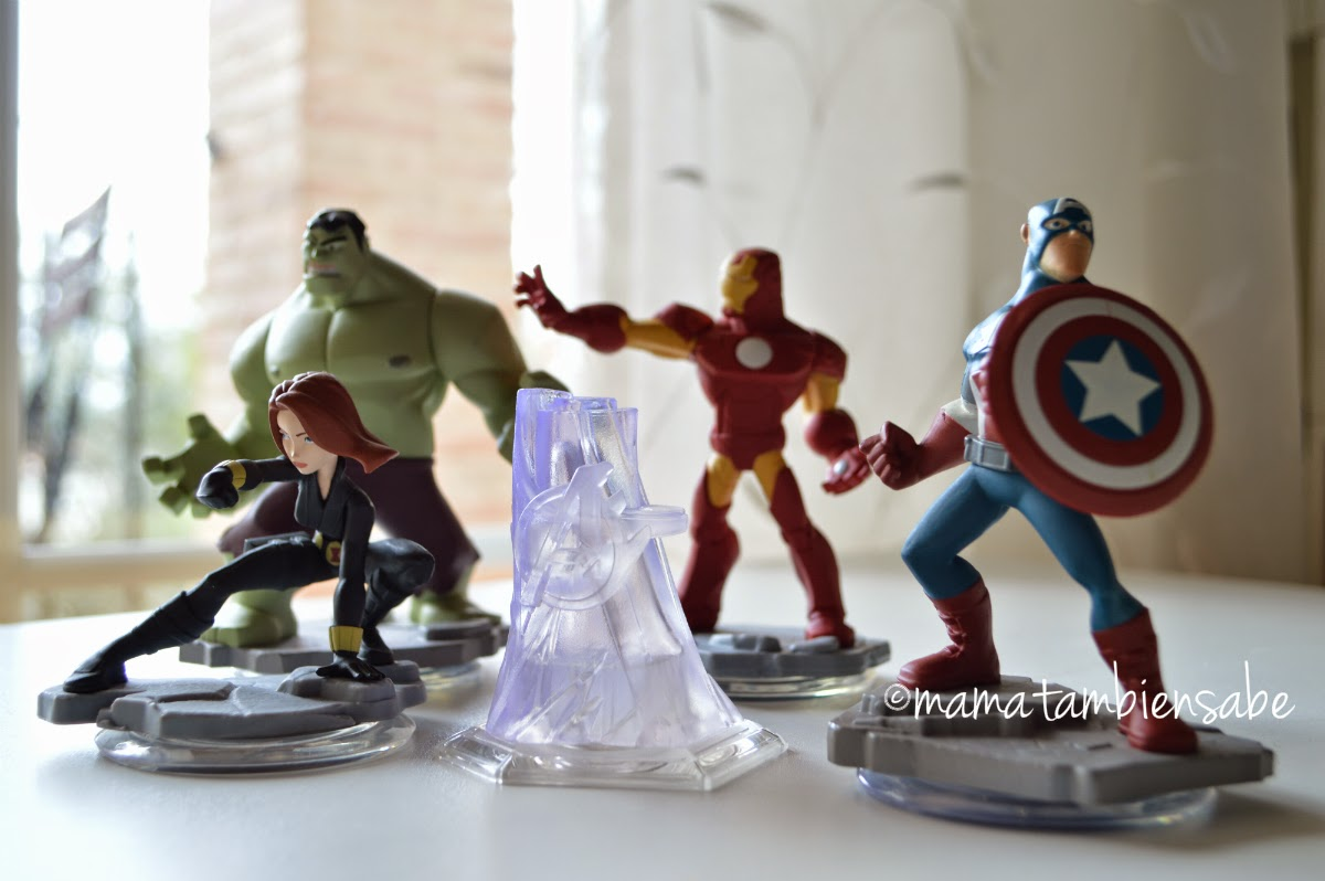 Diseney Infinity 2.0 Toy Box Marvel y figuras adicionales