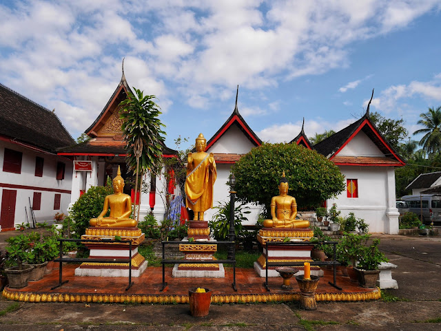 three Buddha statues at Wat Mai