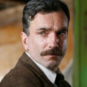 daniel day lewis em sangue negro 2007 1346452562606 300x300 Sites et blogs lusophones