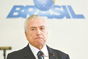 DELAÇÃO: Dono da JBS grava aval de Michel Temer para comprar silêncio de Eduardo Cunha, diz jornal