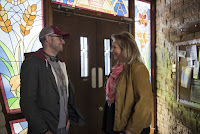 Mimi Leder and Damon Lindelof on the set of The Leftovers Season 3 (18)