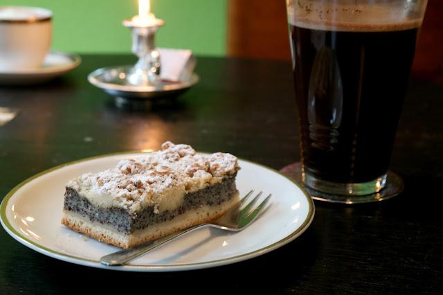 Kaffee und kuchen bei Tonne Nix Leipzig