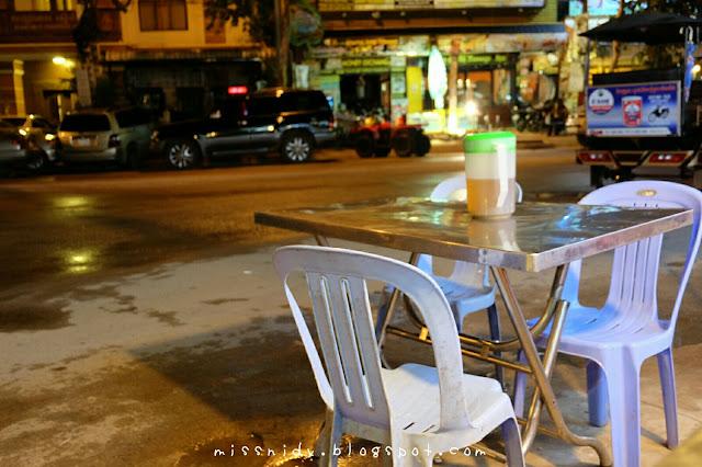 restaurant yang ada di night market siem reap