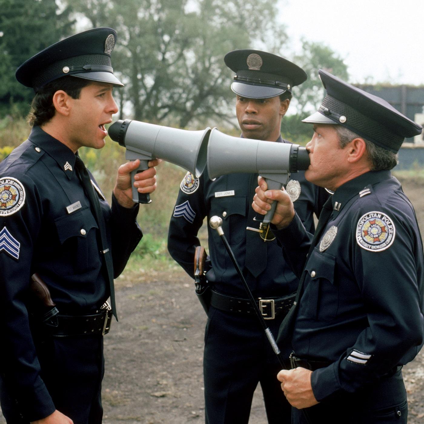 Policial Criatura Indefensável