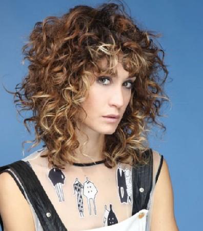 Model Rambut Keriting Terbaru 2018