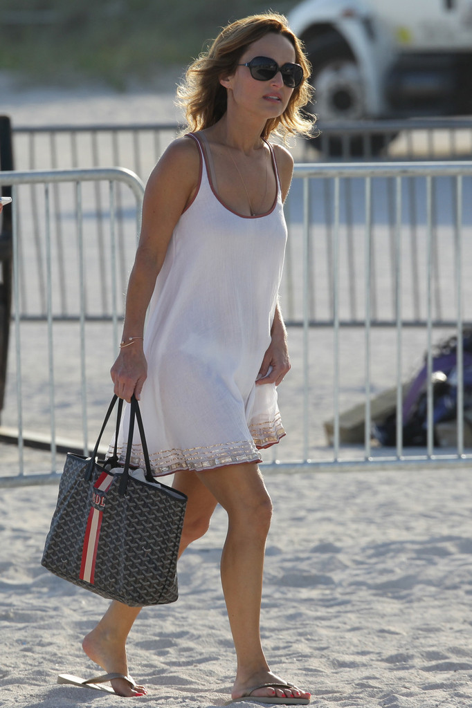 The Kitchen Nyc >> Giada De Laurentiis - Sun dress over bikini on Miami Beach