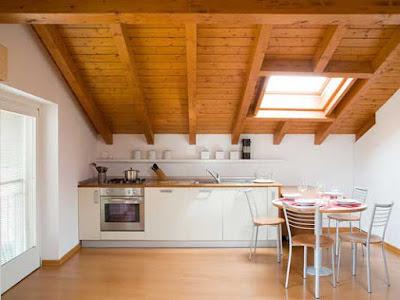 alzare-il-tetto-cucina-mansarda