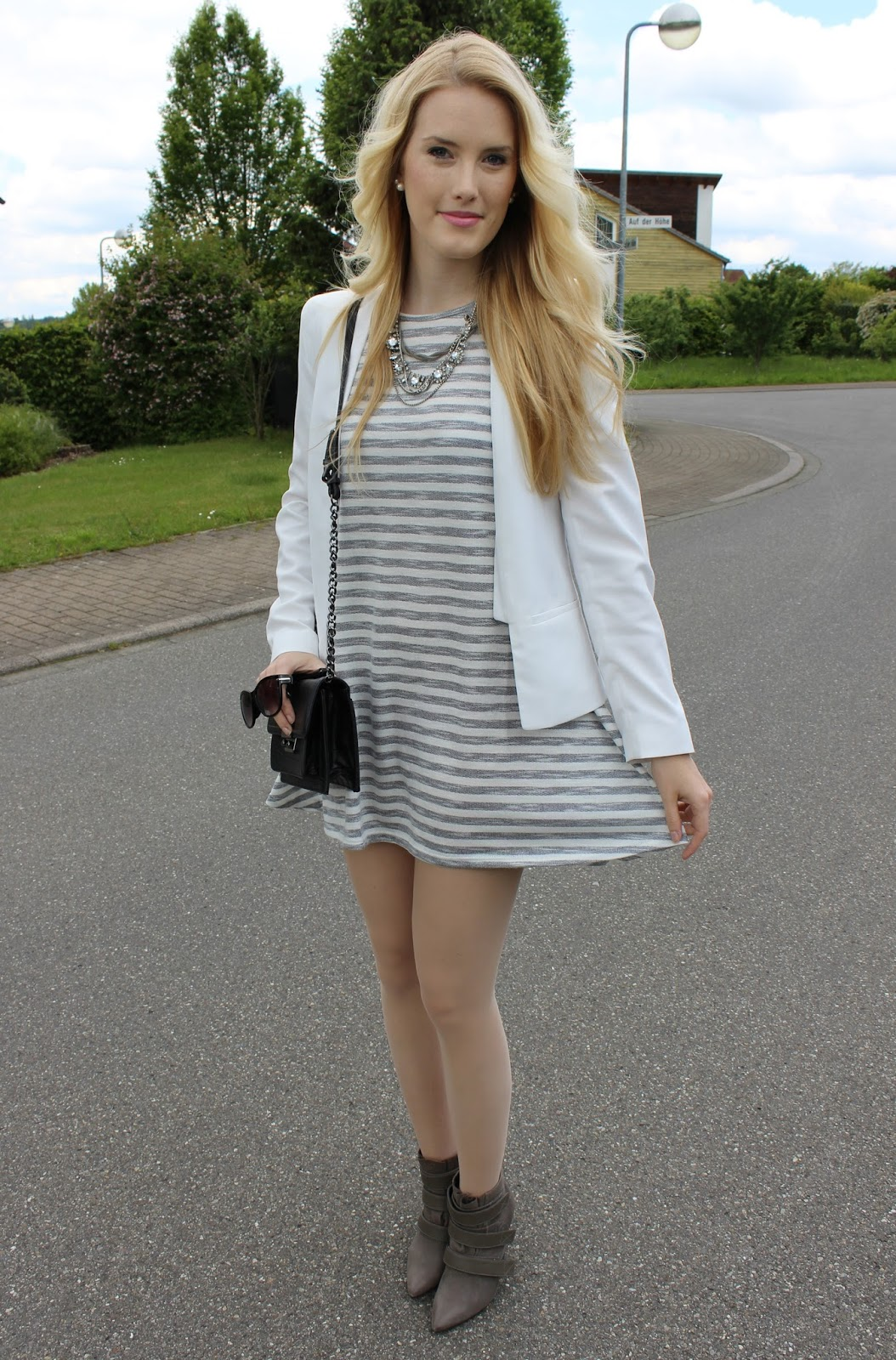 Grey striped dress WalG stripes blazer white ootd TheBlondeLion