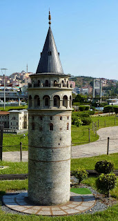 Miniatürk, Torre de Galata.