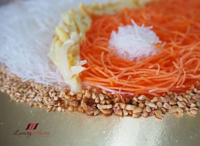 colourful yu sheng salad with baby abalone