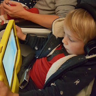 toddler-ipad-case-headphones-plane