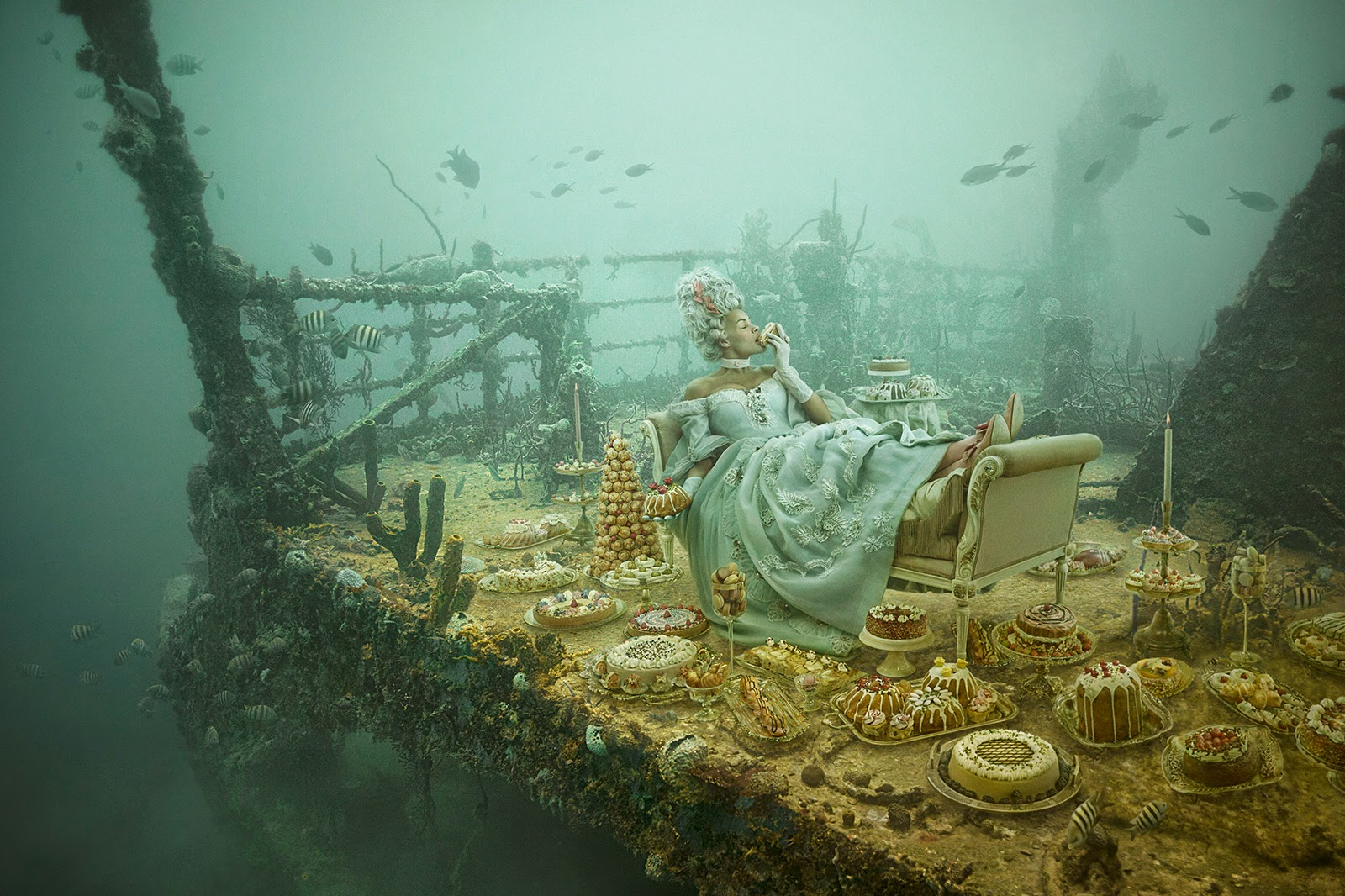 12-Andreas-Franke-Surreal-Artificial-Reef-Photography-www-designstack-co