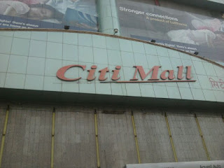 murder in city mall andheri
